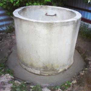 Делаем домик для колодца из бетонных колец шаг 2