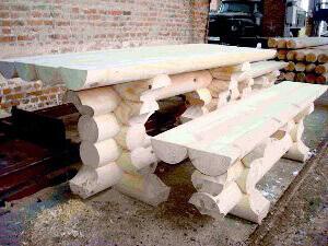 Красивый стол для дачи