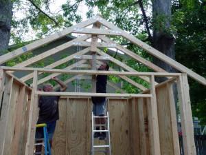 Монтаж направляющих для крыши