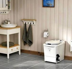 Система туалета пудр-клозет изнутри