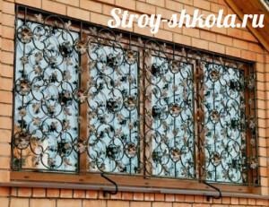 Решетки на окна для загородного дома своими руками