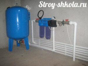 Образец подключения расширительного бака к однотрубной системе отопления