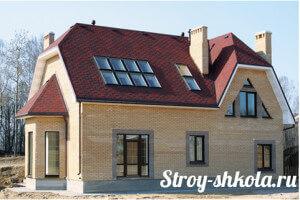 Сложная четырехскатная крыша