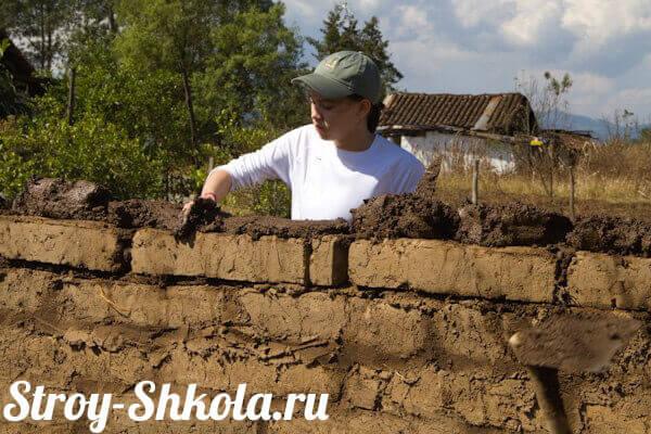 Кирпичи из глины и соломы своими руками