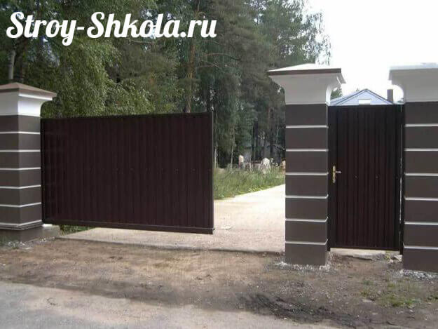 Как сделать сдвижные ворота своими руками