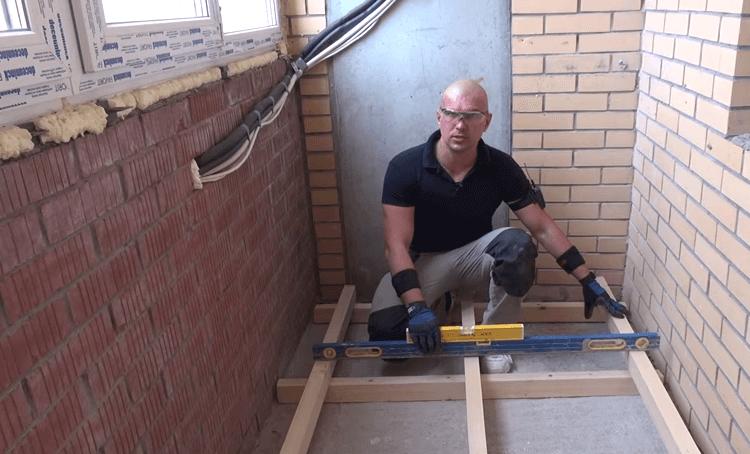 Ремонт своими руками выровнять пол на балконе