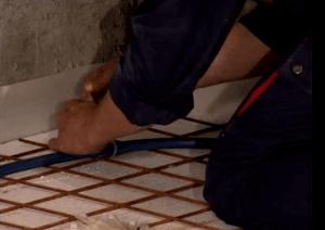 Укладка труб теплого пола - фото