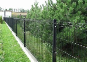 Забор из сварной сетки - фото