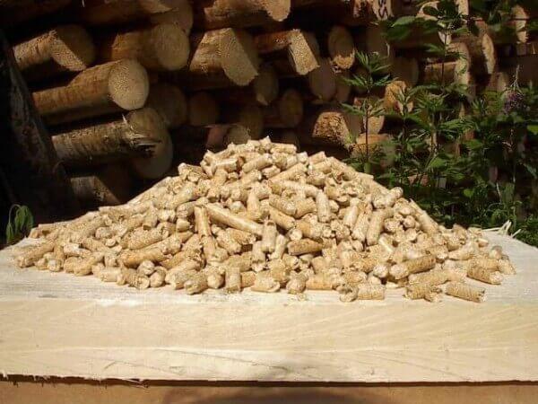 Специальные древесные гранулы для отопления