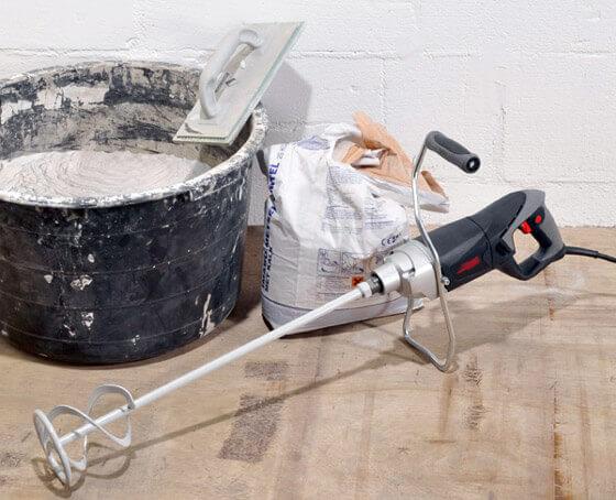 Рис.6 -  Инструменты для замешивания жидкой стяжки
