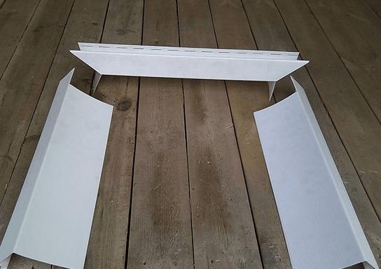 Внешний вид планок для откосов после раскроя по окну.