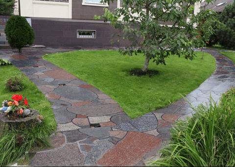 Пейзажные или изогнутые садовые дорожки.
