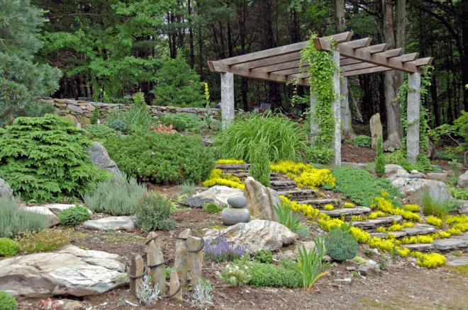 Камни имеют скрытый умысел и некую загадку в японских садах син.