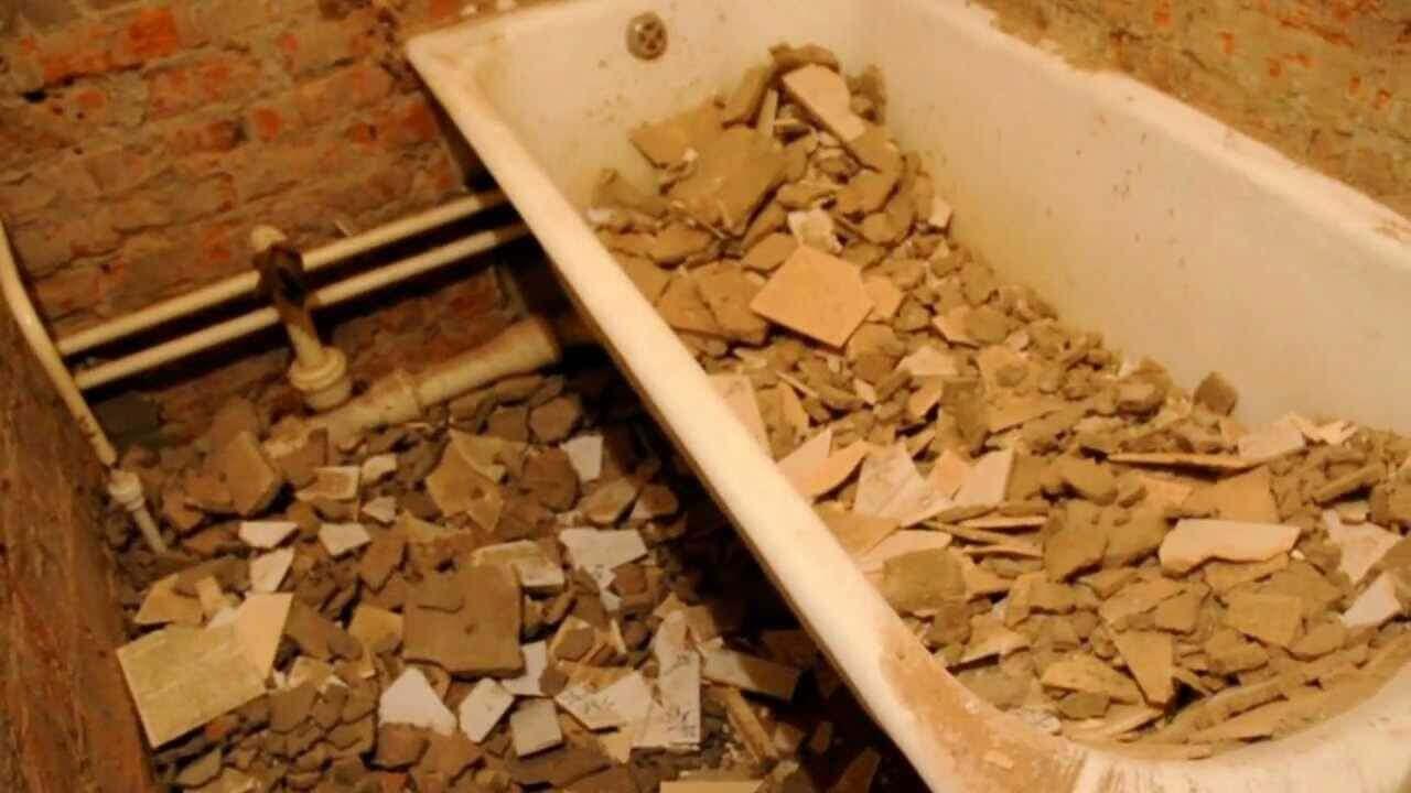 Демонтаж сантехники - один из самых трудоемких и грязных видов ремонтных работ