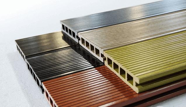 Декинг - очень удобный для монтажа на открытом воздухе материал