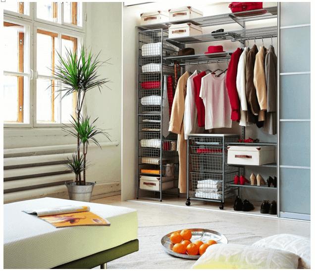 Один из вариантов дизайна гардеробной комнаты