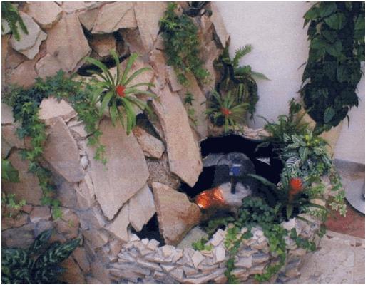 Пример альпийской горки с водопадом
