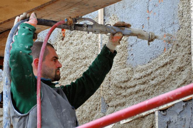 Нанесение штукатурки на деревянные стены
