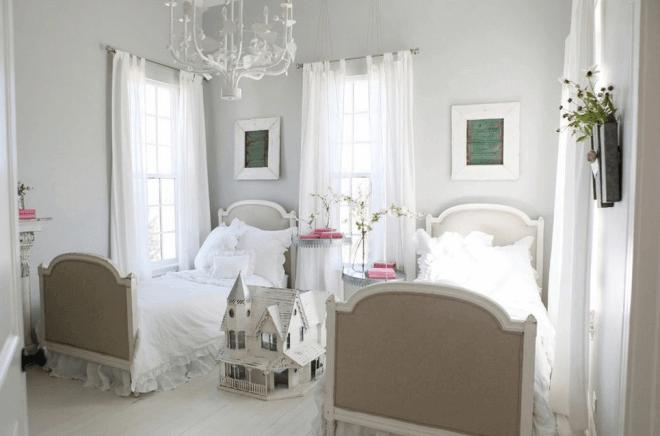 Даже детская комната может быть в викторианском стиле