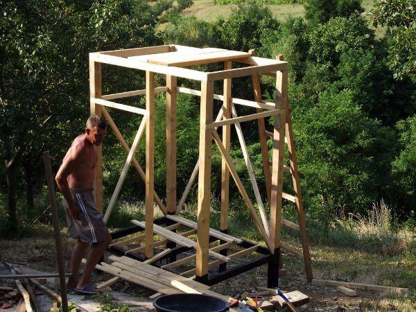 Строительство душевой кабинки на дачном участке