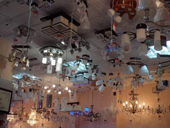 люстры потолочные плоские для низких потолков гостиной