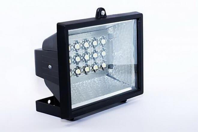 светодиодный прожектор 50 ватт